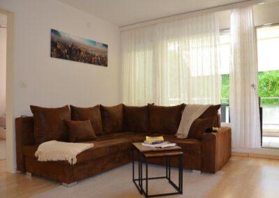 Zu verkaufen: Sonnige 2.5 Zimmerwohnung mit Balkon im 2.OG in St. Gallen